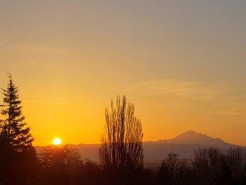 Sunrise (March 31, 2021). Photo courtesy of Jackie Rodriguez of Ferndale.
